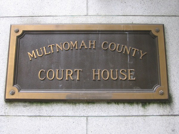 Mult.Co.Crthse. Plaque